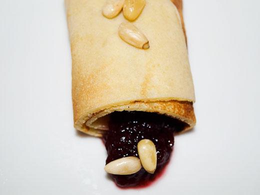 pfannkuchen-mit-kirschmarmelade
