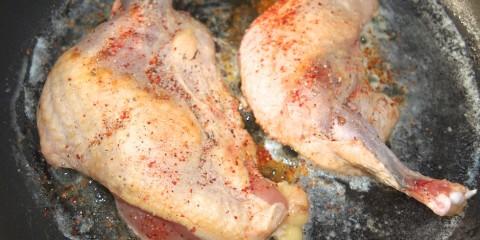 Knochen fachgerecht vom Entenschlegel-Hühnerschlegel entfernen