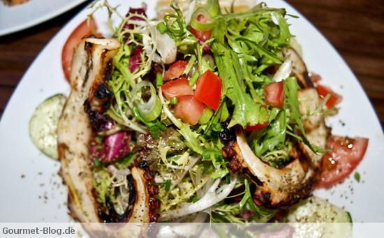 rezept gegrillter oktopus mit salatmischung. Black Bedroom Furniture Sets. Home Design Ideas