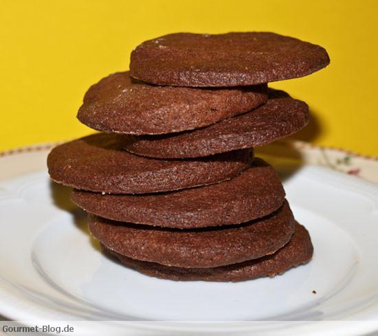 Schokoladenkekse - leckeres und leichtes Rezept für Schokokekse ·