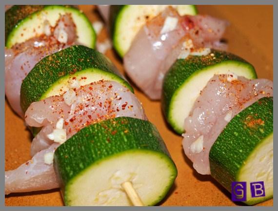 putenbrust-spiesse-mit-zucchini