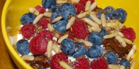 himbeer-müsli-mit-sojajoghurt