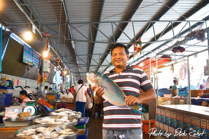Fischmarkt-samut-prakan