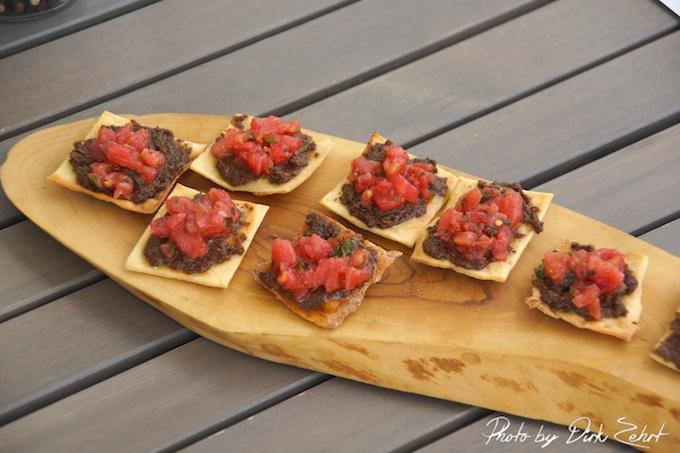 chips mit marinierten Tomaten und Oliventapenade2