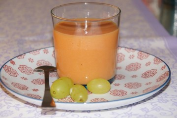 papaya-mandelmilch drink