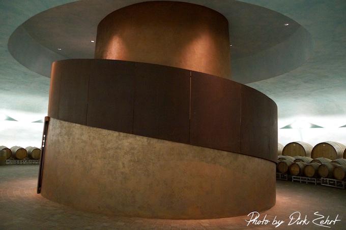 Tenuta Castelbuono - Im Weinkeller der futuristischen Schildkröte