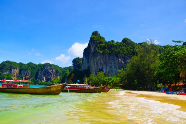 Koh Phi Phi Tipps - Anreise & Strände