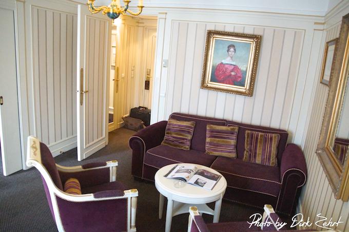 Napoleon Hotel Paris - Wohnzimmer