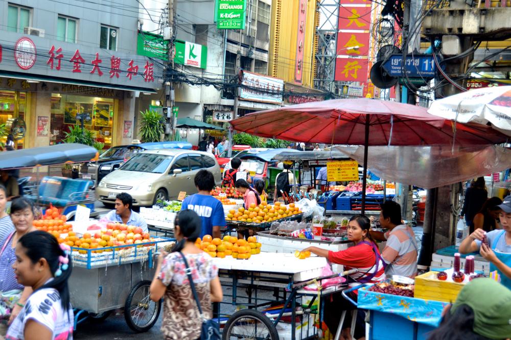 Geld Wechseln in Bangkok - besser in der Bank als in wühligen Straßen