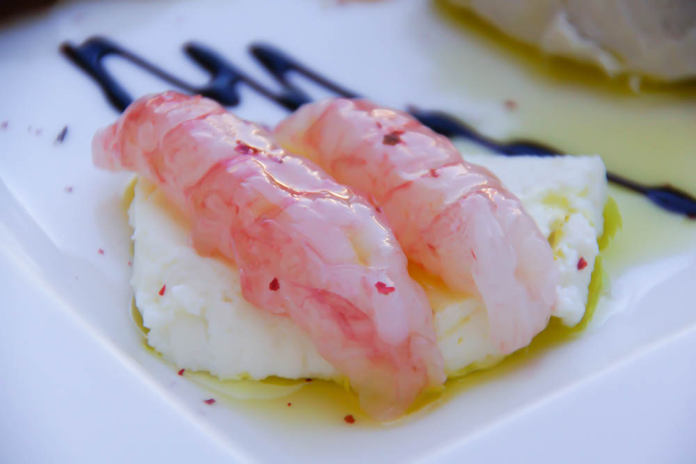 Kukuriku Restaurant in Kastav - rohe frische Garnelen mit jungem Ziegenkäse