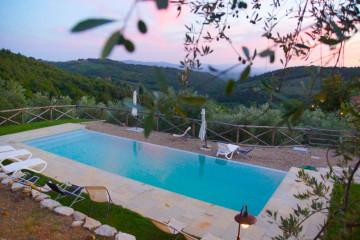 Pool in der Toskana - Ein Traum in Abendstimmung