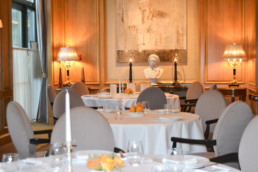 restaurant fischers fritz in berlin gourmet restaurant. Black Bedroom Furniture Sets. Home Design Ideas