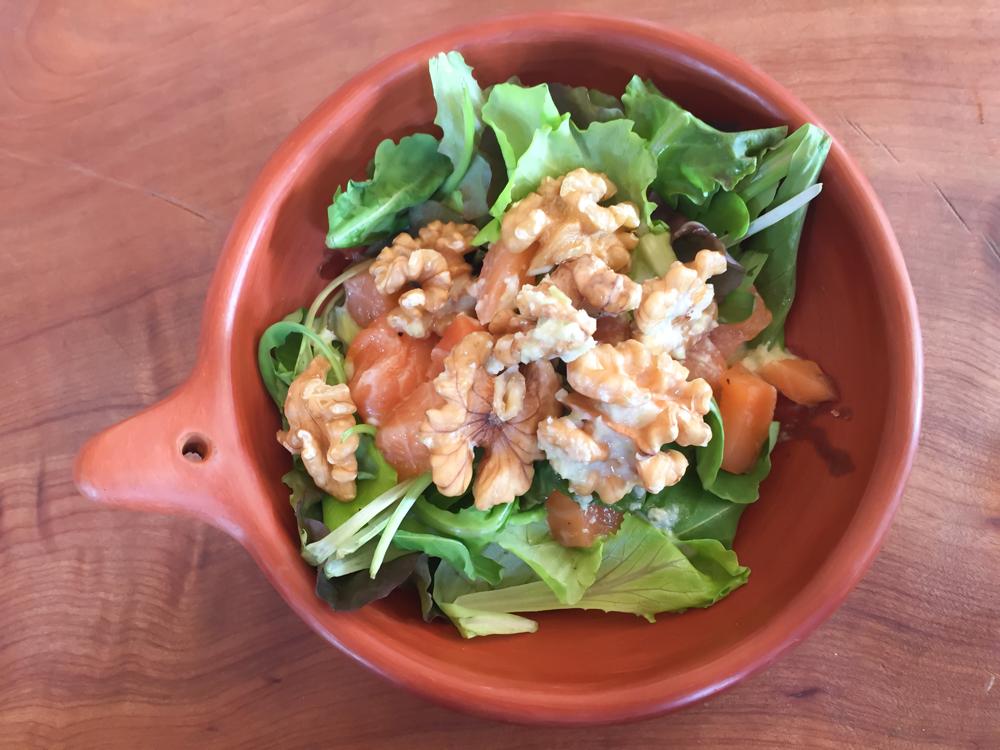 Salat mit Walnüssen - Gesund und Lecker