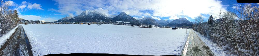 Die Berge und Schnee - Flugverspätung vorprogramiert