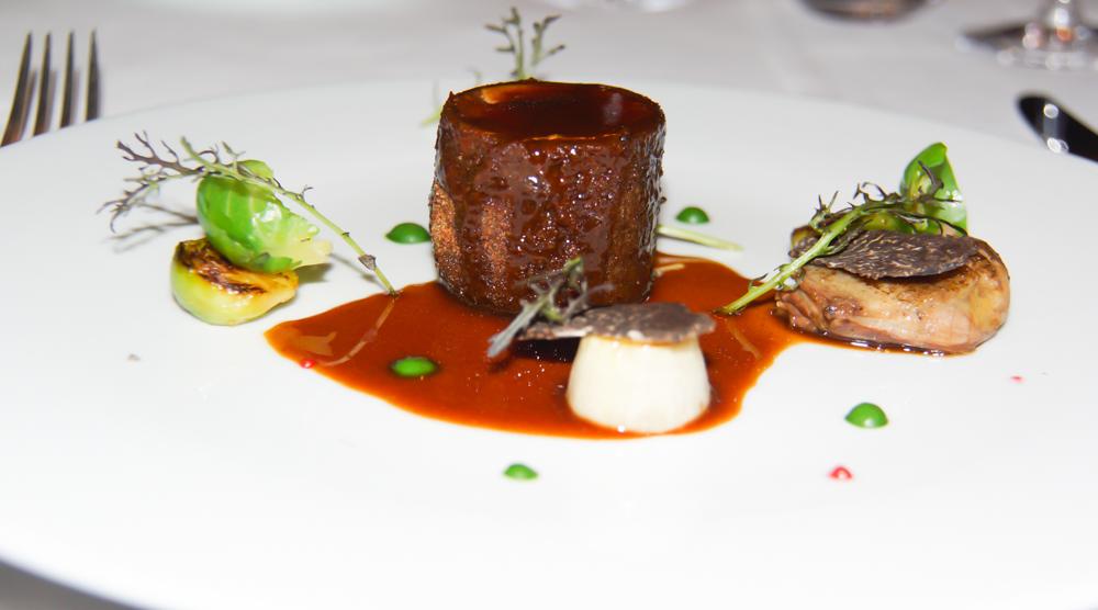 Le Claire de la Plume - Trüffel Taube und Foie gras - Einfach göttlich - Jetzt mit Soße