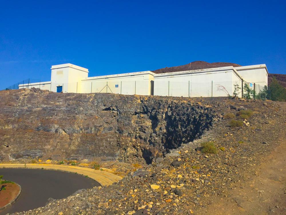 Pico de la Zarza Rundweg - Am Wasserspeicher vorbei