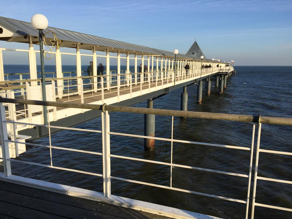 Seebrücken der Seebäder - Ort mit Aussicht