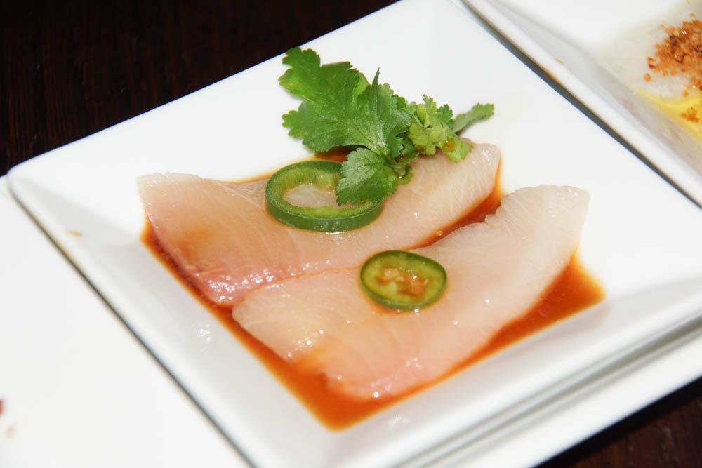 Gelbflossenthunfisch Sashimi Jalapeno