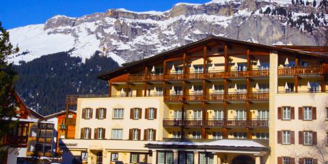 Hotel Adula - Hotelansicht