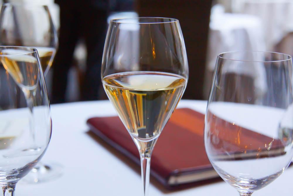 Le Chapon Fin Restaurant - Start mit Champagner