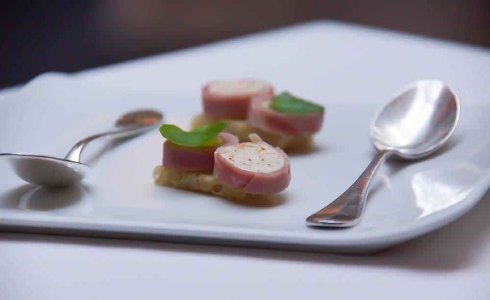 Le Chapon Fin Restaurant - Ziegenkäse Schinken und Toast