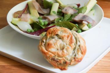 MEGGLE Ofen Schnecke und ein schmackhafter Salat