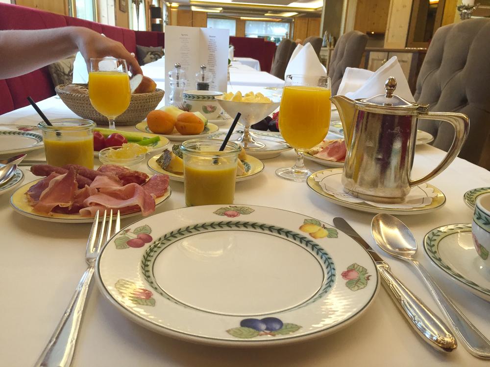Frühstück im Hotel Arlberg