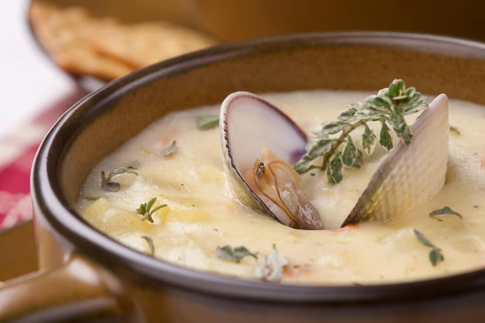 Clam Chowder - Schmackhafte Muschelsuppe auf amerikanische Art
