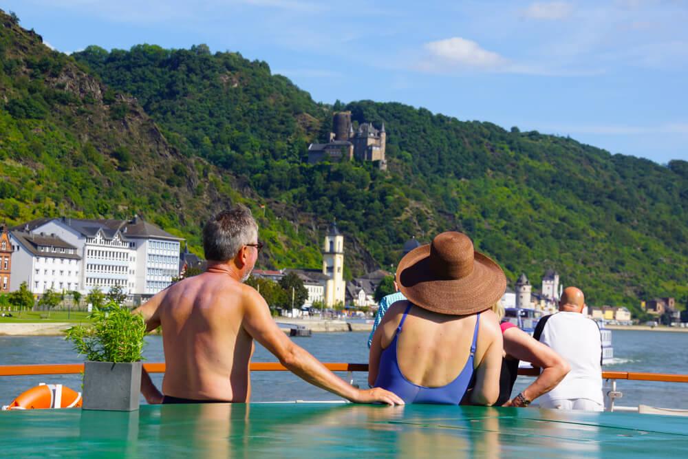 Den Rhein an sich vorüberziehen lassen und genießen