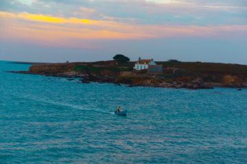 Die Küste von Bélon am Morgen