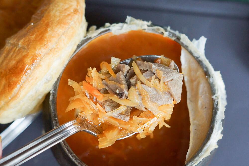 Café Pushkin, Moskau - Schi Suppe heiß und aromatisch