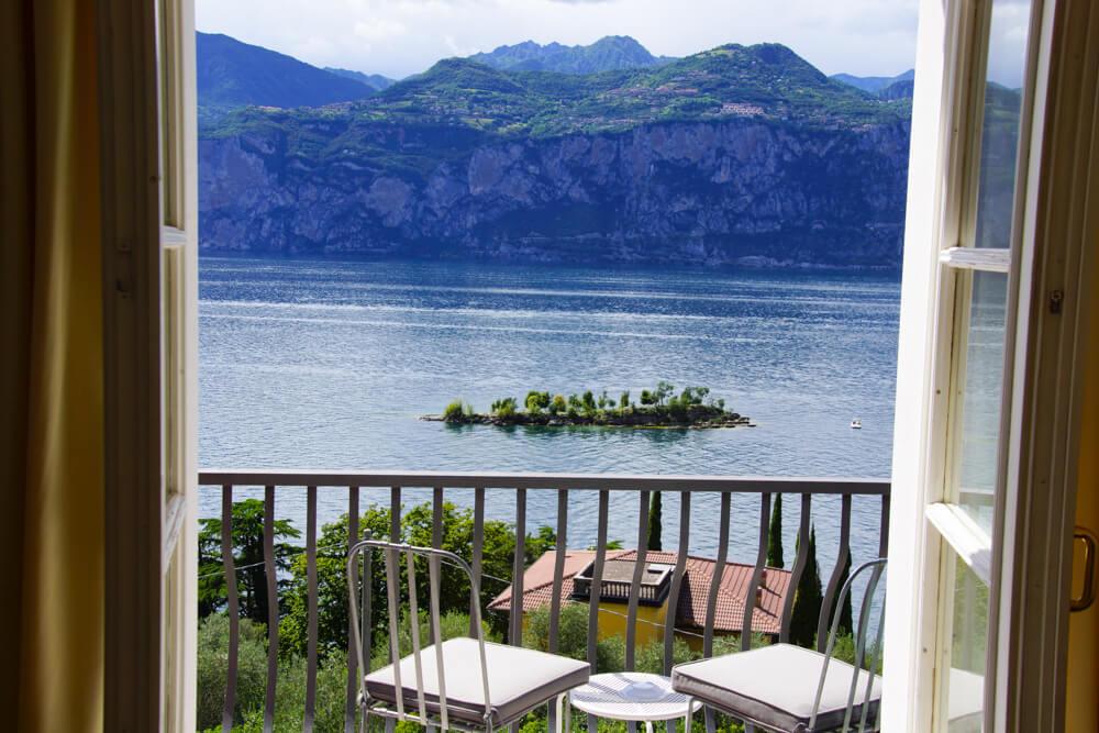 Hotel Bellevue San Lorenzo Malcesine - Blick auf eine Insel