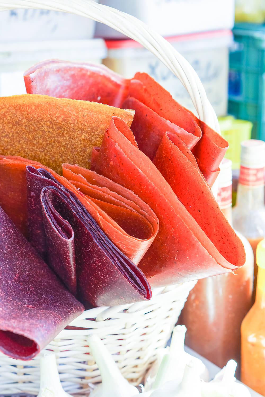 Fruchtleder aus Mango, Erdbeere, Himbeere, Brombeere