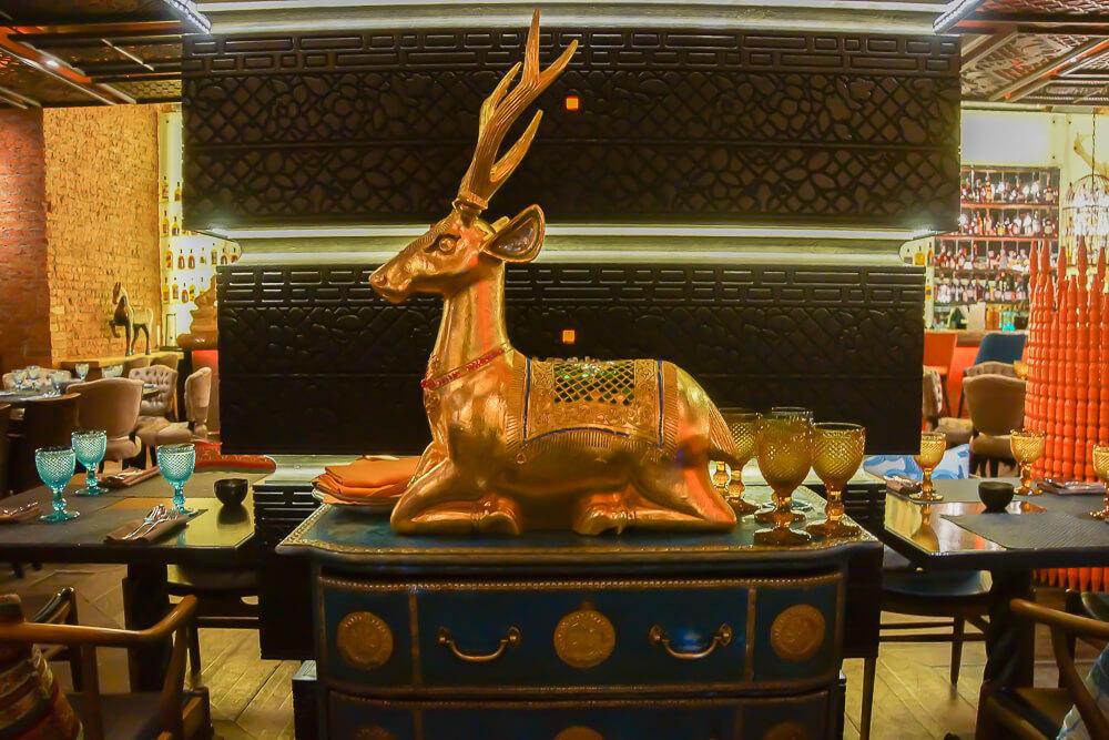 Black Thai Restaurant Moskau - Innendesign 1