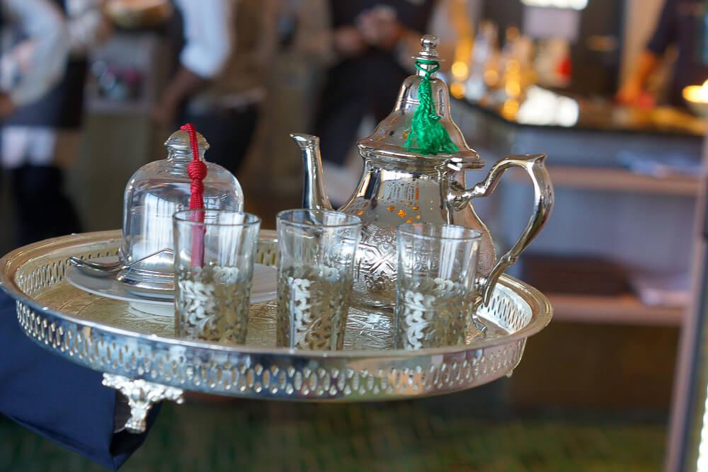 Sharq Oriental Restaurant Schweiz - Tee