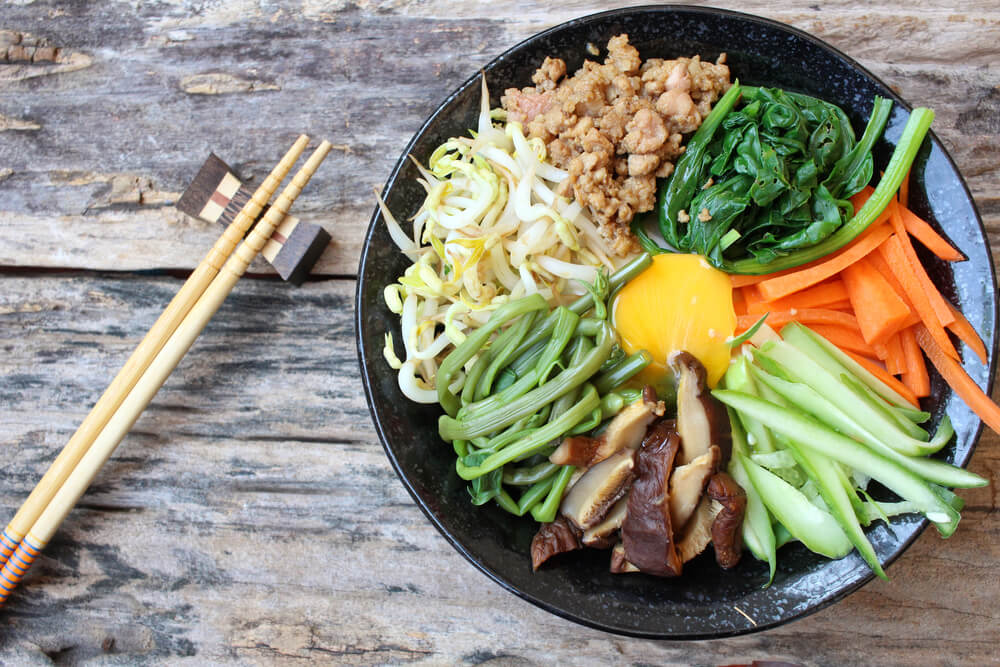 koreanische Köstlichkeiten - bimimbap