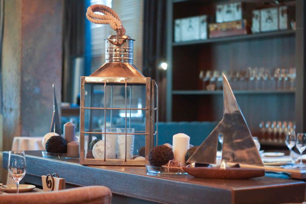 Baran Rappan Restaurant Sochi - lockerer Designstil, orientiert am Meer