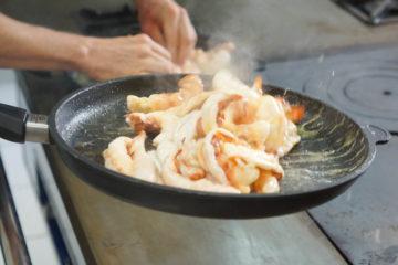 Los Caracoles Barcelona - Blick in die Küche 2