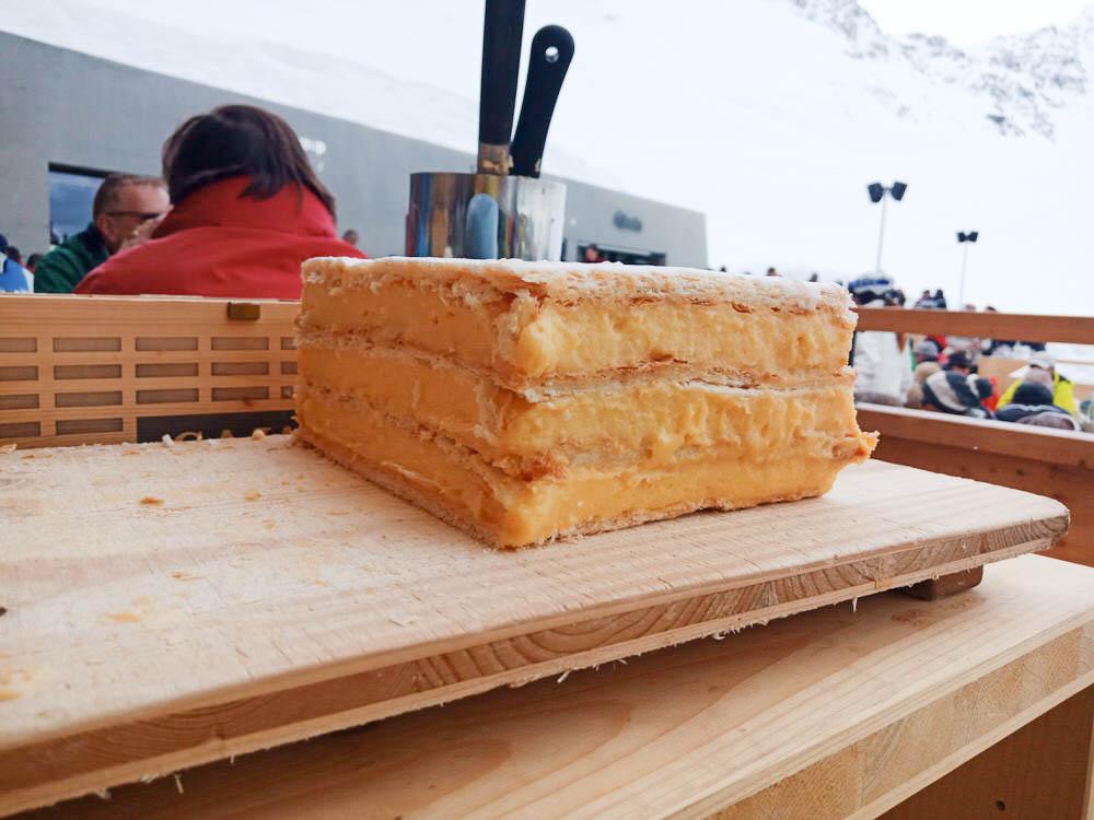 Motta Hütte Lenzerheide - Kuchen satt