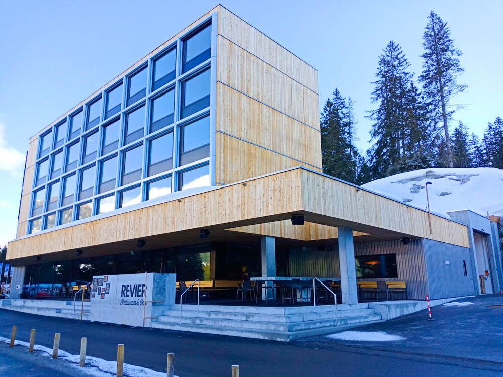 Revier Mountain Lodge Lenzerheide - Aussenansicht 2