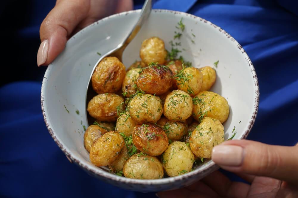 Chveni Restaurant Tiflis - Röstkartoffeln und Dill