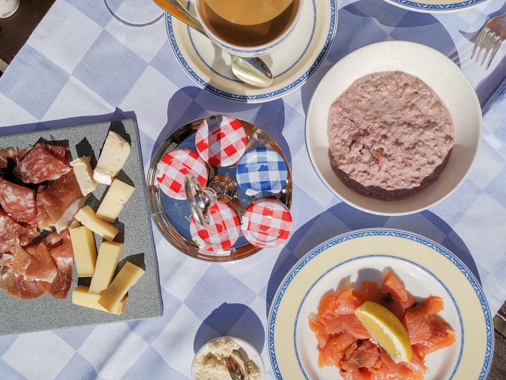 Hotel Florhof, Zürich - tolles Frühstück trotz Covid Zeiten