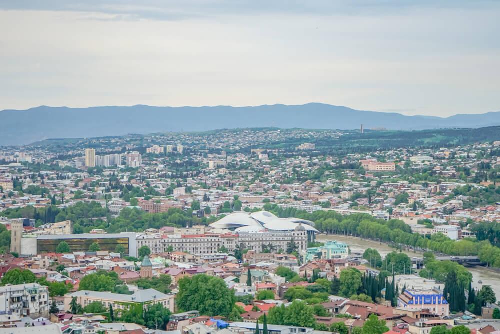 Mutter Georgiens - Mother of Georgia - Aussicht auf Tiflis 2