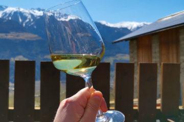 Restaurant Wiedenplatzerkeller, Naturns - Weißwein mit Aussicht