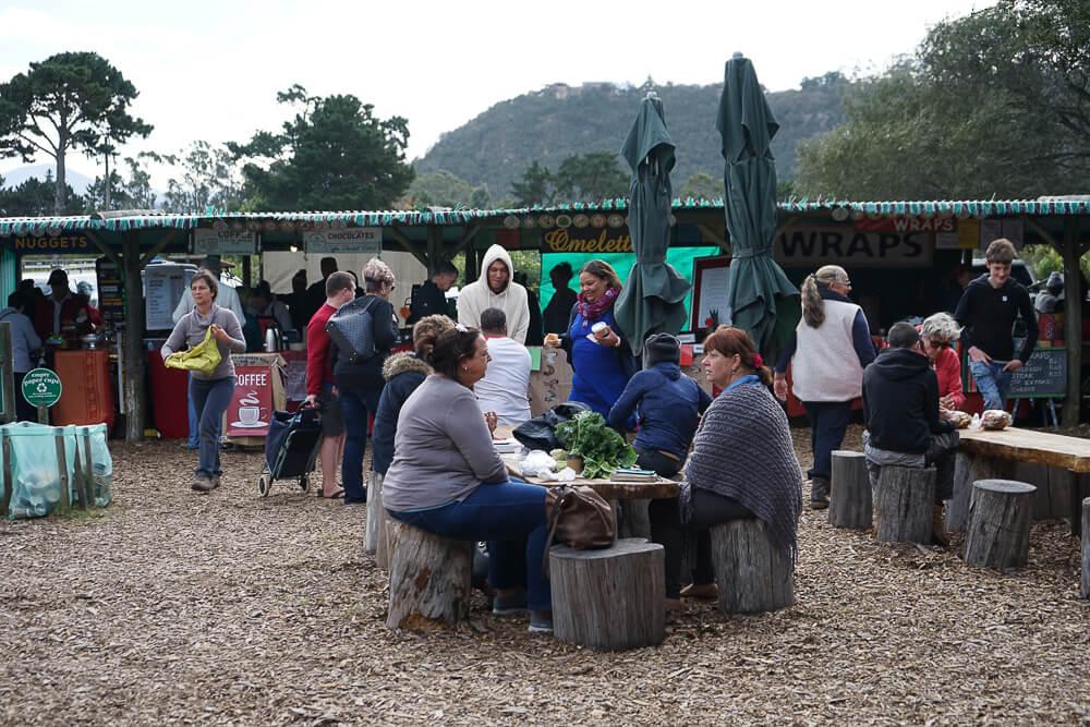 Wild Oats Community Farmers' Market - Essen und Quatschen