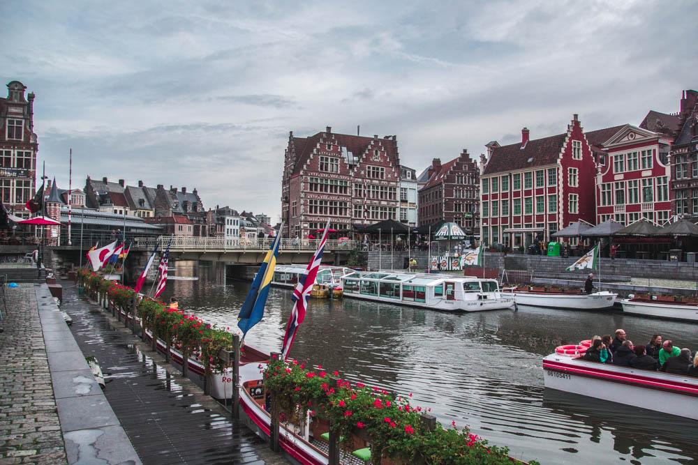 Brügge und Gent mit dem Boot entdecken