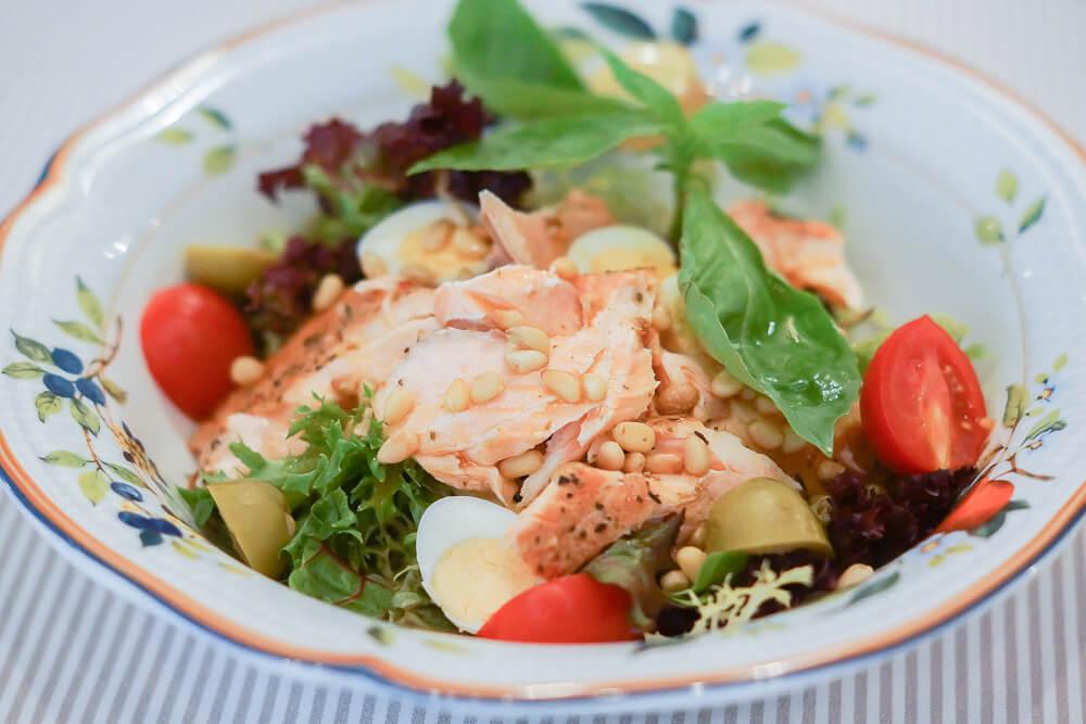 FermA Restaurant St. Petersburg - Lachssalat