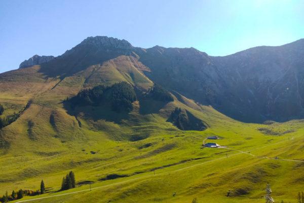 Wunderbare Wanderungen in den Bergen um den Schwarzsee