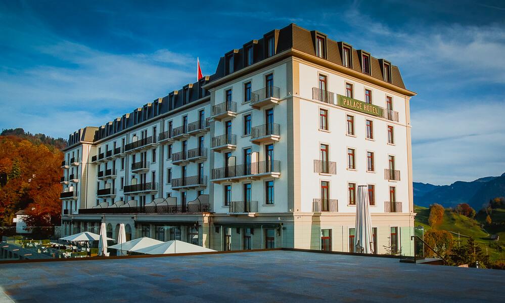 Bürgenstock Hotel - Blick vom Bürgenstock zum Palace Hotel