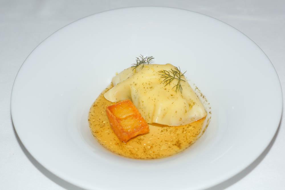Mingles Restaurant - Fish Mandu